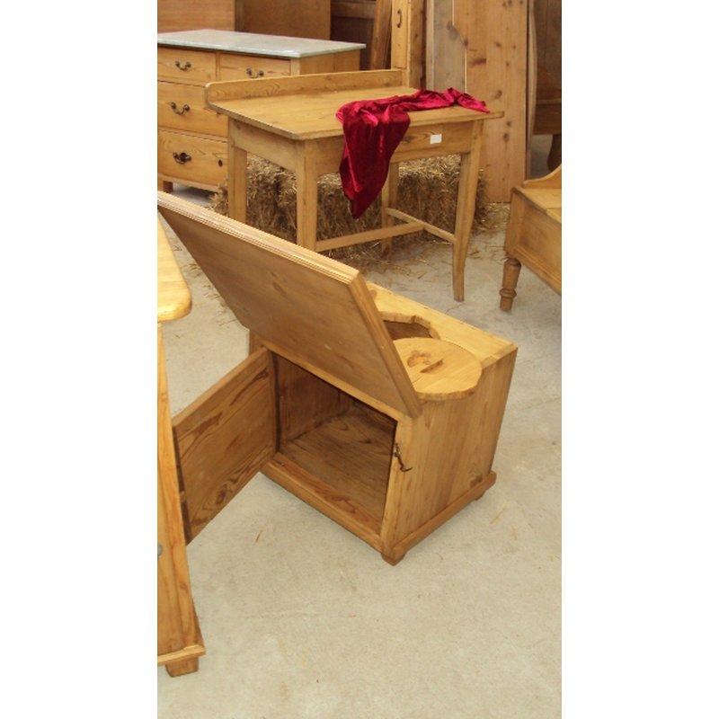 alte reisetoilette reiseklo holzklo antik h usla. Black Bedroom Furniture Sets. Home Design Ideas
