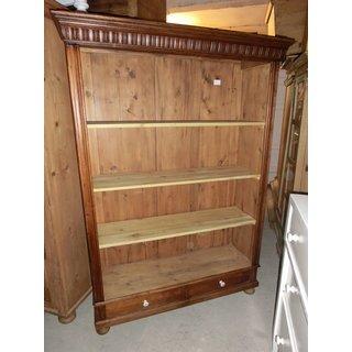 regale antik h usla. Black Bedroom Furniture Sets. Home Design Ideas
