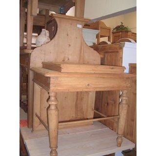 M bel antik h usla for Holztisch beistelltisch