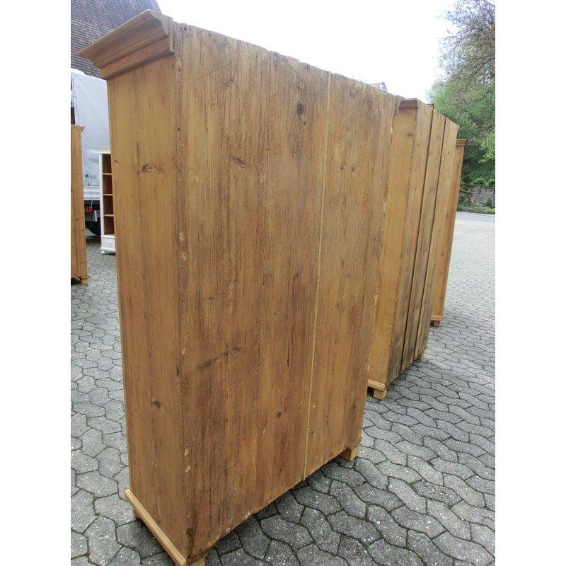 schrank kleiderschrank 1 t rig weichholz garderobenschrank ant. Black Bedroom Furniture Sets. Home Design Ideas