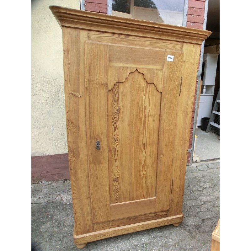 schrank kleiderschrank 1 t rig weichholz garderobenschrank biede. Black Bedroom Furniture Sets. Home Design Ideas